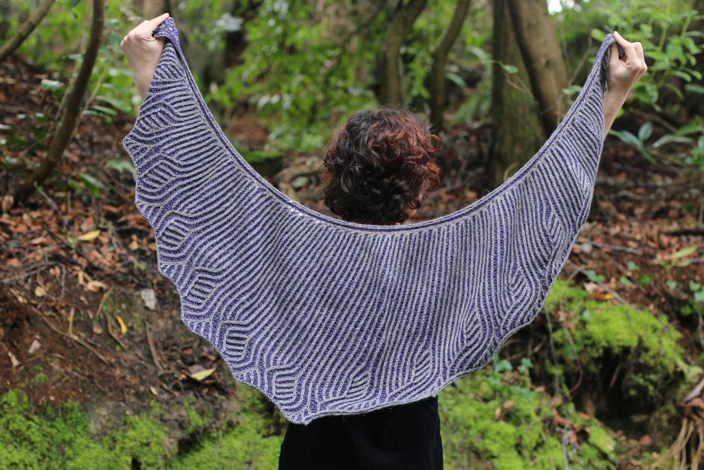 vines and vale shawl