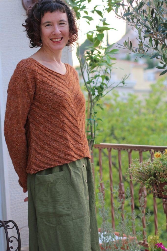 rusty lines sweater