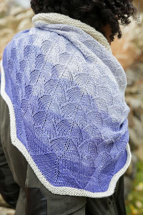 vinca shawl